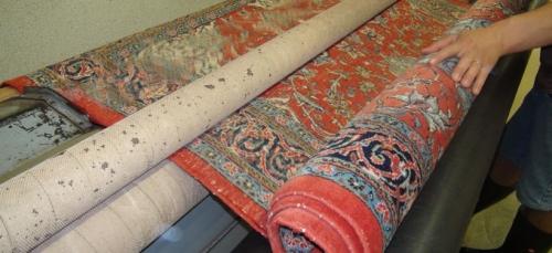 Teppichreinigung? Teppichreparatur? Wir holen Ihren Teppich direkt bei Ihnen zuhause ab und liefern Ihn wieder zurück.